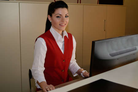 jobholder: Hotel assistant manages the computer reservations