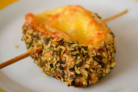 pumpkinseed: tasty snails skewers with cheese - Focus