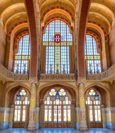 Barcelona, Spain - September 19, 2021: stained glass windows in the hall of Hospital of the Holy Cross and Saint Paul (de la Santa Creu i Sant Pau) Redactioneel