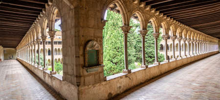 Barcelona, Spain - September 24, 2021: The cloister of the Monastery of Pedralbes. Is a Gothic monastery in Barcelona, Catalonia, Spain Redactioneel