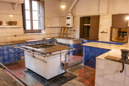 An old kitchen from the early 20th century.