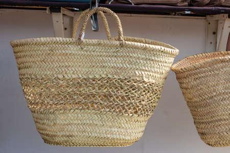 Wicker baskets for sale at a street market Stockfoto