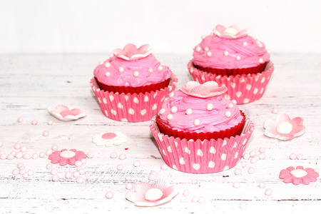 cup cakes: pink flower cupcakes