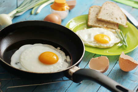 sunny side up: Egg for breakfast in the countryside