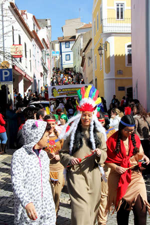 Monchique, Algarve, Portugal. Circa February 2018.  People dressed up in carnival costumes to celebrate the annual Portuguese Carnival in the mountain town of Monchique, Portugal. 新聞圖片