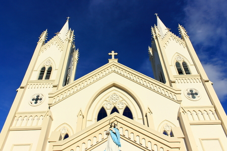 Immaculate Concepcion Cathedral in Puerto Princesa, Palawan island of the Philippines. Tourist historic attraction in Puerto Princesa City is heritage from Spanish colonialism. Archivio Fotografico
