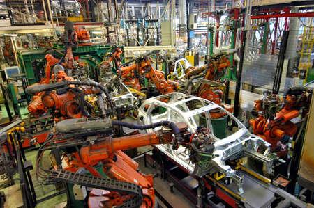 car production line 報道画像