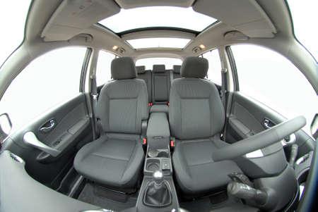 Autositze vorne mit Fisch-Auge fotografiert Standard-Bild - 33771078