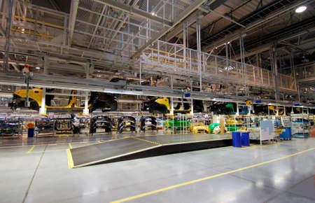 car production line Redakční