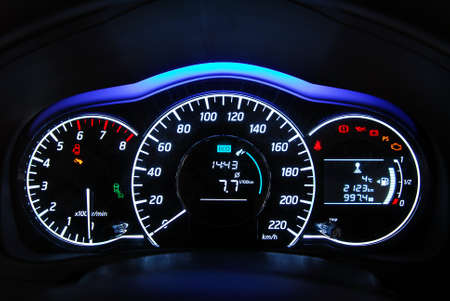 car illuminated dashboard 免版税图像