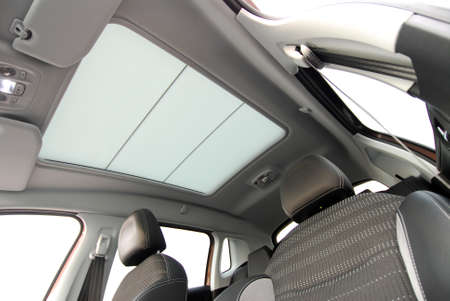 car sunroof Standard-Bild