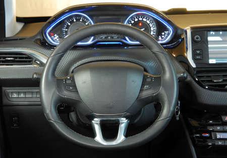 steering wheel Standard-Bild