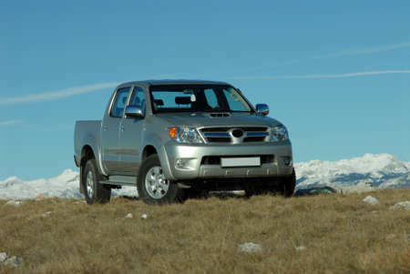 4wd: pick up on the mountain