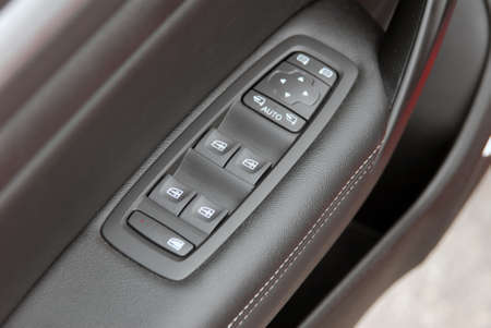 switch: window button and side mirror switch control