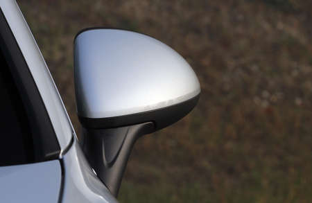Side mirror with turn signal of a car Imagens