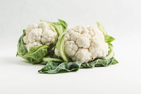 cauliflower isolate on white background close up, copy space, vegetables for healthy eating 版權商用圖片