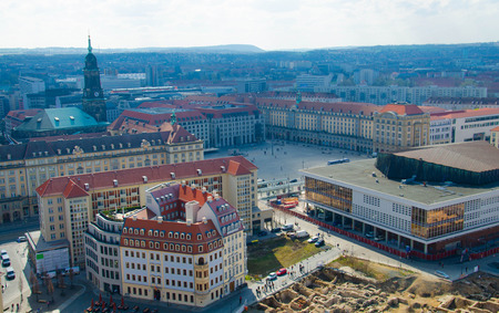 Panoramic view of Dresden city with central square and old buildings from view platform of lutheran church of Our Lady Frauenkirche, Germany Standard-Bild