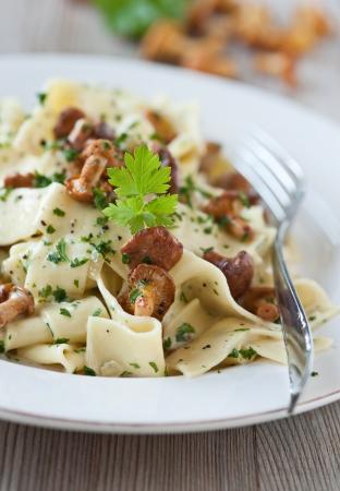 pasta with fresh chanterelles Archivio Fotografico