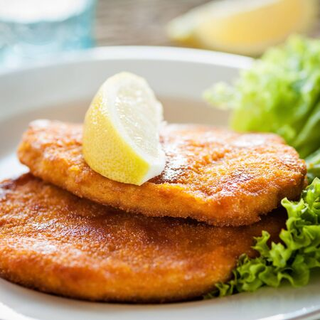 schnitzel: wiener schnitzel