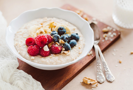 healthy porridge with fresh fruits - overnight oats