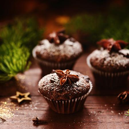 Muffin al cioccolato natalizio Archivio Fotografico - 85950961