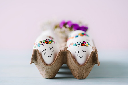 Sweet easter eggs in egg carton Standard-Bild - 120533360