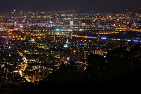 Nacht uitzicht op de Yangmingshan