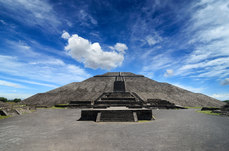pyramid: Impressive Pyramid of the Sun in Teotihuacan