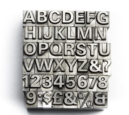 rusty: Letterpress - letra de molde del alfabeto Inglés y número