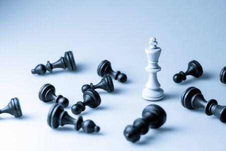 liderazgo: Figura del ajedrez, estrategia concepto de negocio, el liderazgo, el equipo y el �xito