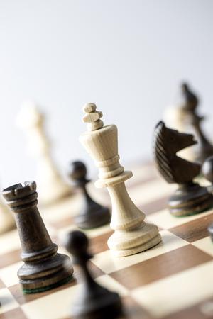 ajedrez: Figura del ajedrez, estrategia concepto de negocio, el liderazgo, el equipo y el �xito