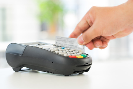 tarjeta de credito: Crédito y débito tarjeta de pago contraseña compras Foto de archivo