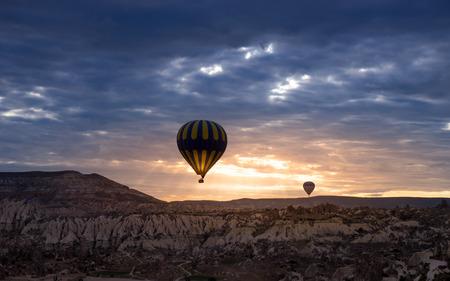landscape mode: Hot air balloon, Cappadocia Turkey