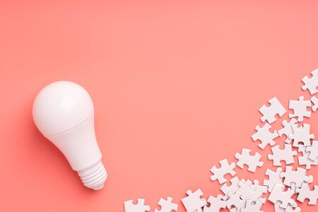 Lightbulb and lamp for creative & leadership business concept Stockfoto