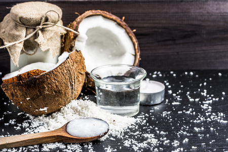 Coconut oil and coconut milk for alternative therapy 免版税图像