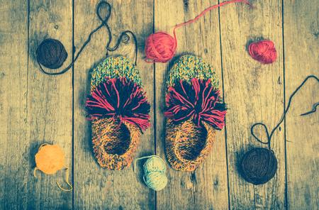 겨울에는 따뜻한 옷, 양모는 신발, 아기는 모직 의류