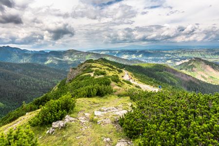 山の風景、山脈のパノラマビュー
