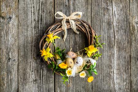 부활절 배경 봄 부활절 달걀과 꽃, 문 화 환