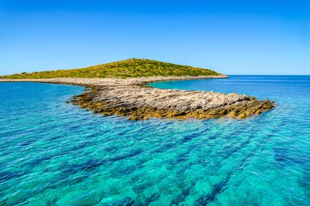 Scenic view of mediterranean lagoon with turquoise water. Adriatic Sea, croatian island coast and beach, Croatia, vacation travel concept. Stock fotó - 145645615