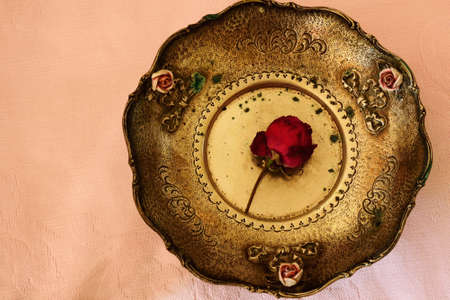seder plate: Antique plate with a rose inside