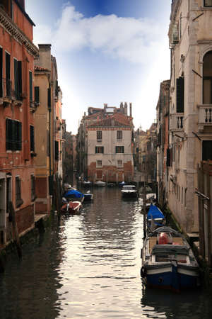 Lovely canals and houses in Venice Stock Photo - 17318018