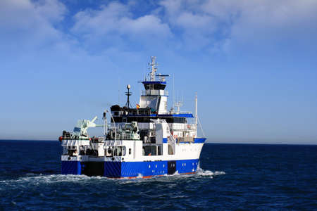 profundity: Fishing boat in open waters