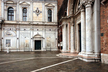 marcos: Church facade in the Sestieres of venice
