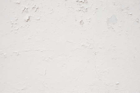 parget: White wall with cracked plaster