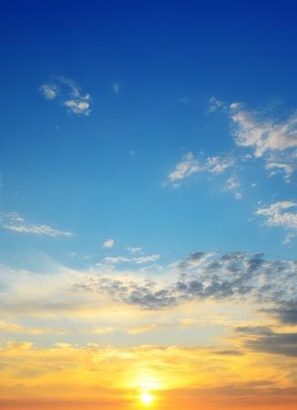 雲の中沈む