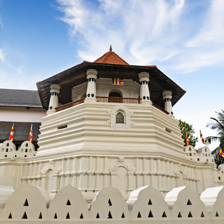 relic: Buddhist Temple of the Tooth Relic (Sri Lanka, Kandy)