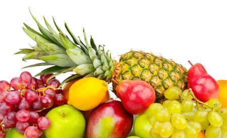 白い背景で隔離の果物のセット
