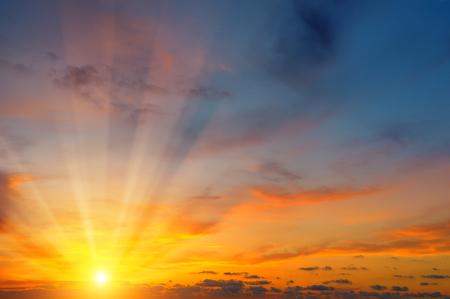 beautiful sun rise and cloudy sky Фото со стока - 85692930