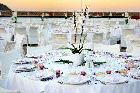 banquet table: Table set up for a wedding ceremony on beach resort