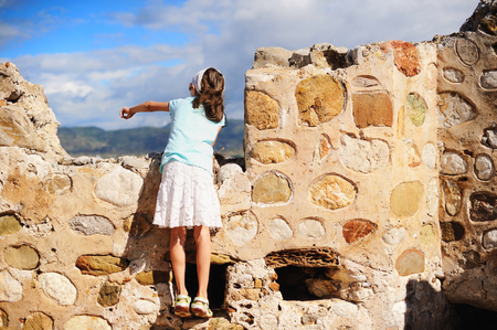 peloponnise: Adorable kid girl during sightseeing trip on perfect summer day Stock Photo